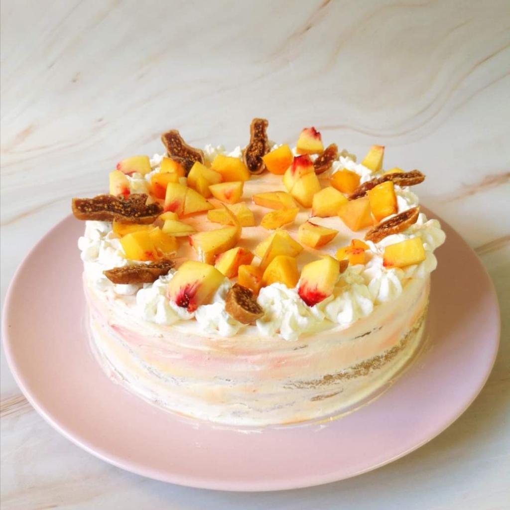 Fügés-barackos torta